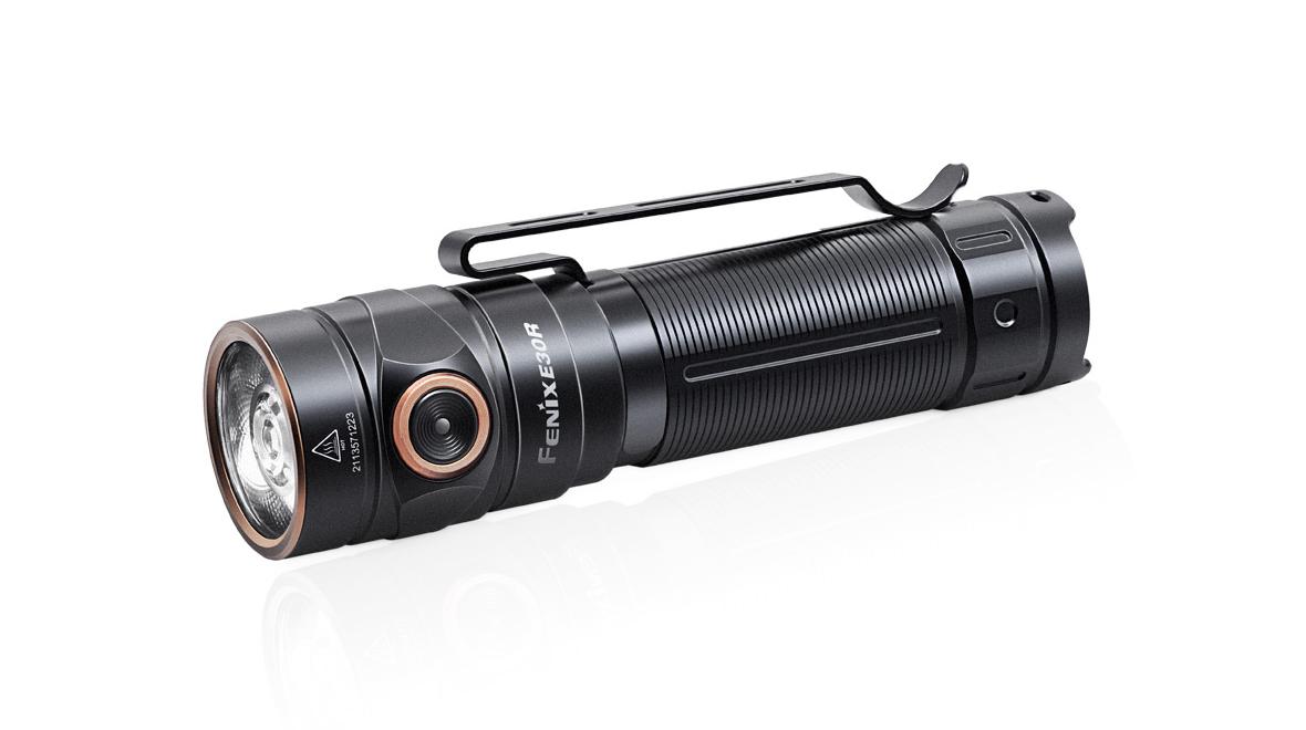 Svítilna Fenix E30R, 1600lm, nabíjecí