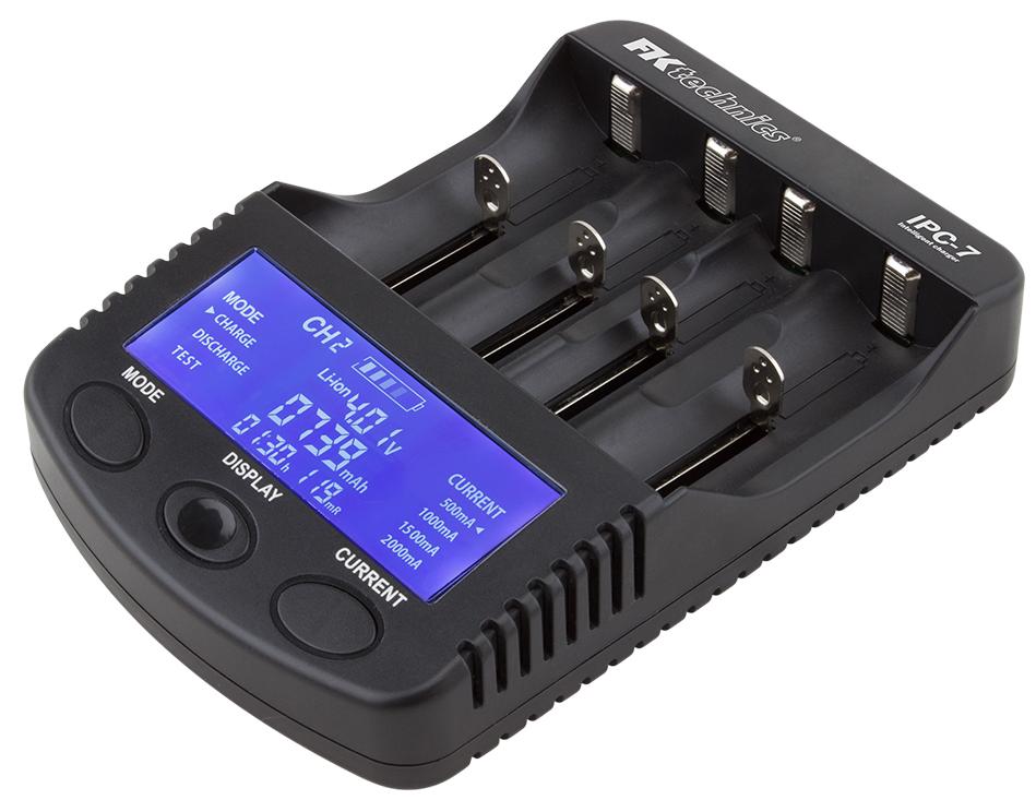 Nabíječka baterií IPC-7 pro NiMH, NiCd, Li-ion - AA, AAA, 18650 + USB